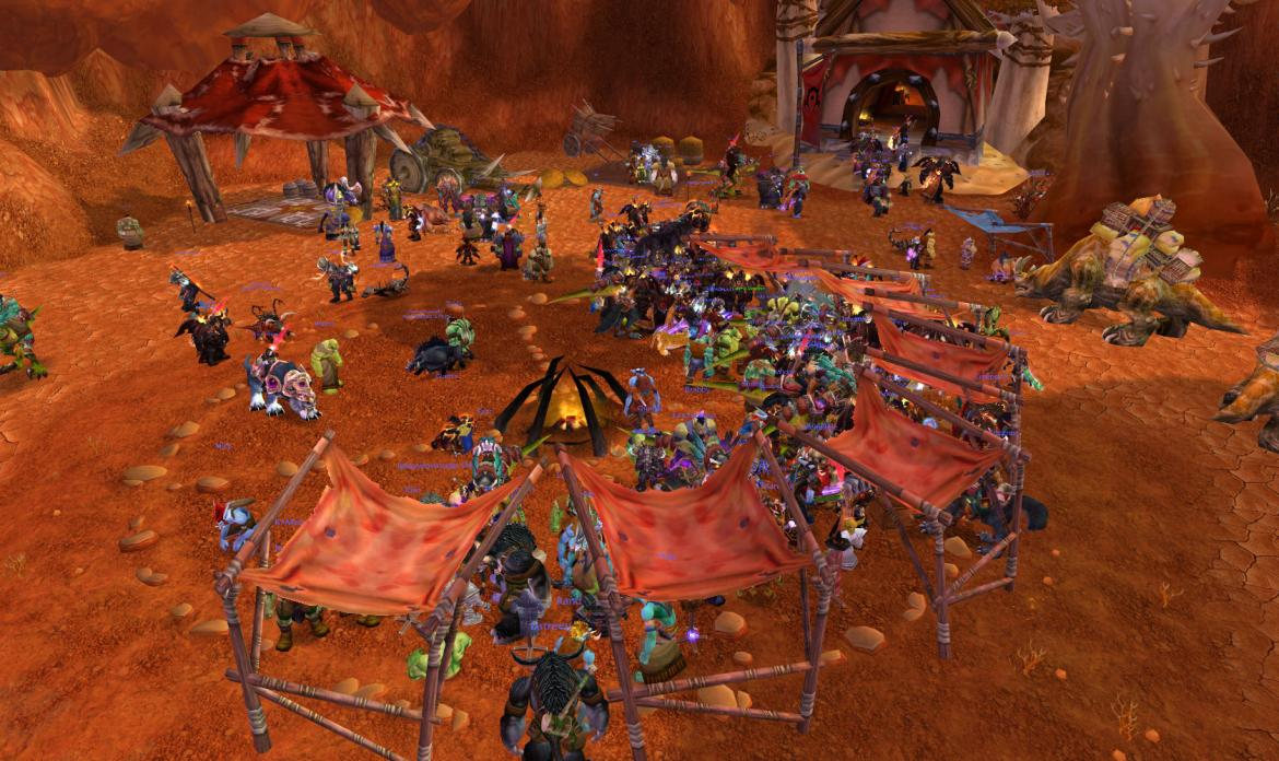 Chaos at the vendors on the Arena Tournament Public Testing Realm