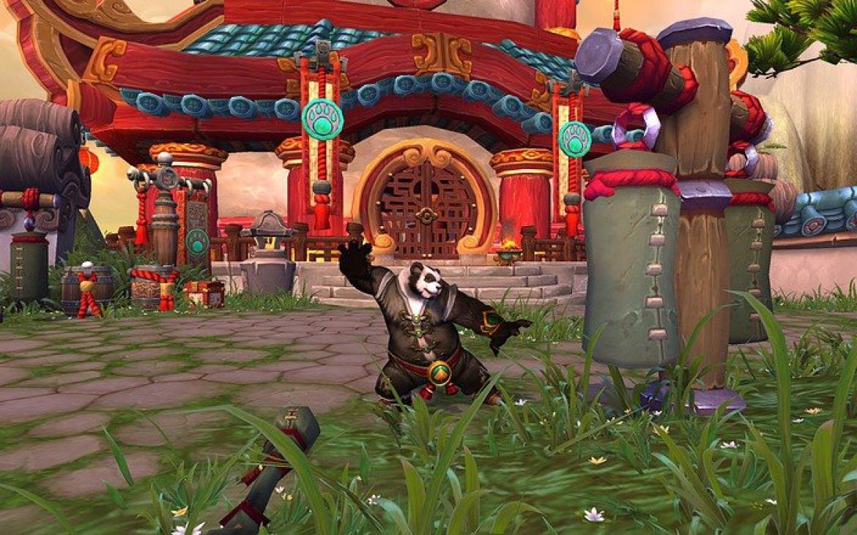Mists of Pandaria -- Pandaren Monk training on the target dummy