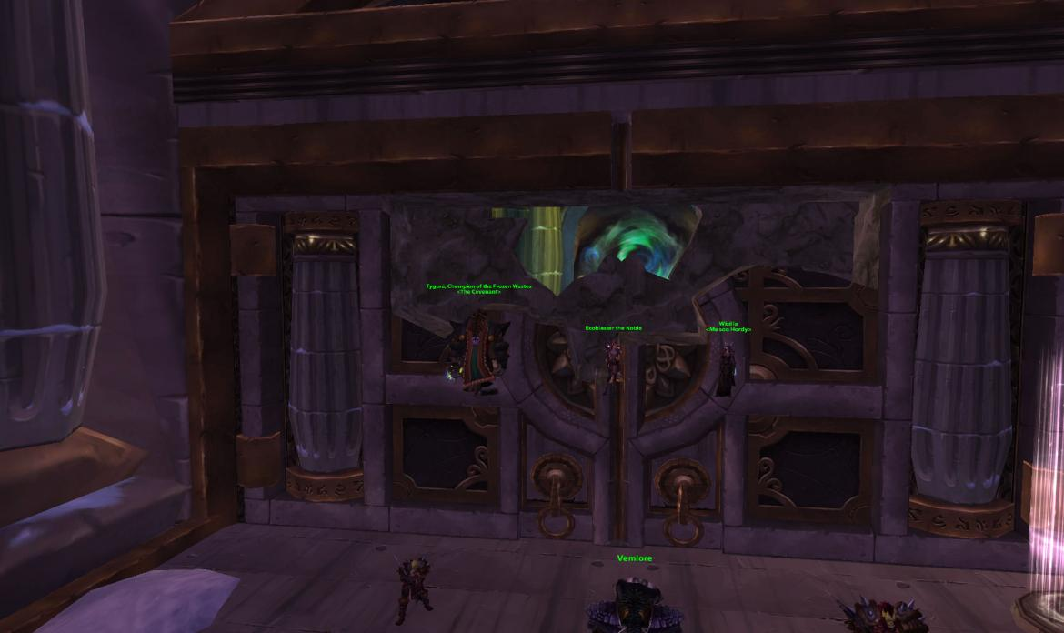 Standing on the Wintergrasp Fortress Gate