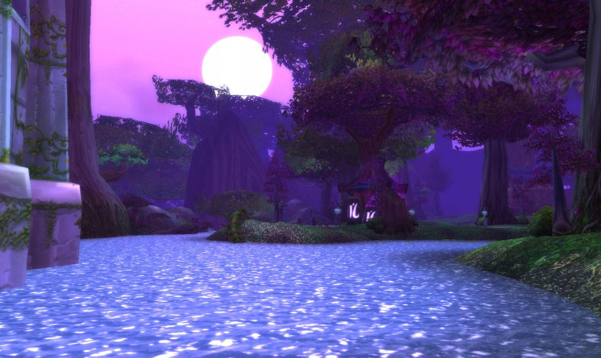 The Moon shining over the waters on Darnassus